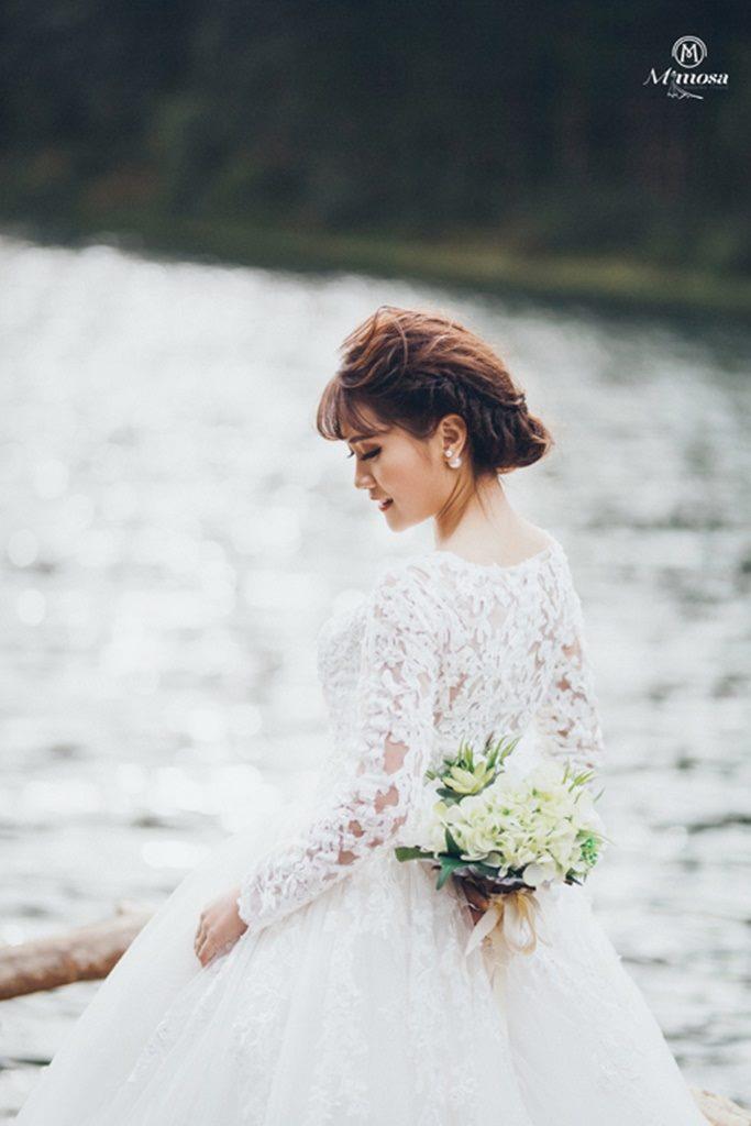 Những mẫu váy cưới cổ điển cho cô dâu Việt