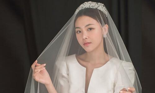 Mách nhỏ cách trang điểm cô dâu kiểu Hàn Quốc cực xinh trong ngày cưới