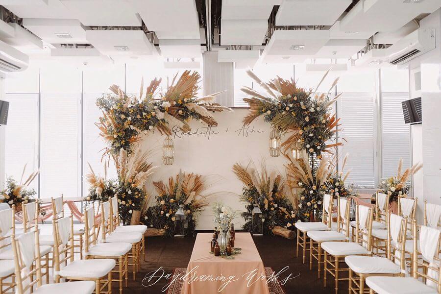 Mùa thu này hãy đổi phong cách trang trí đám cưới với tông màu nâu